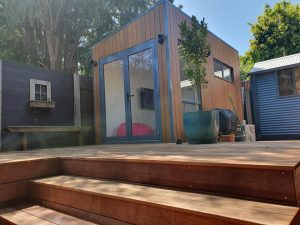 The Alphington Backyard Pod by BRIbuild